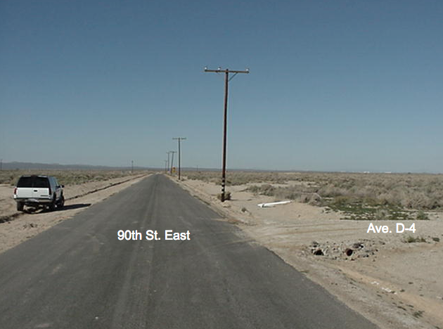 90th St (east of) on Ave D-4, 1.25 acre lots, East Lancaster, CA 93535