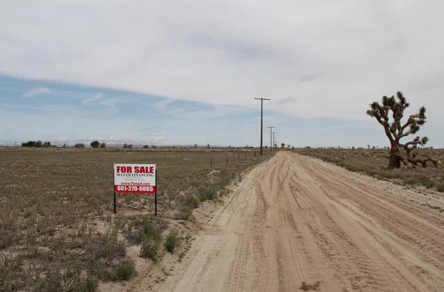 100th St East near Avenue I-12, FOUR  2.5 acre parcels Lancaster, CA 93535