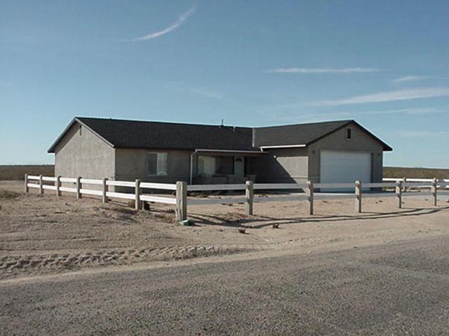 "City size lots in the ""Silver Saddle Ranch & Club"" area, City of California City, Kern County, CA  93504"