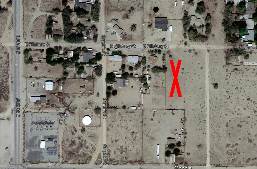 91st St East on Pillsbury St  0.77 acre lot with water & elect, East Lancaster 93535